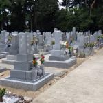 豊橋市の寺院様墓地にて