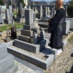 豊橋市営飯村墓地にてお精抜きです。