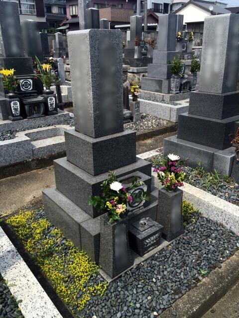 松音寺様墓地