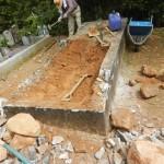 豊川市 地域墓地にてお墓の解体工事です。