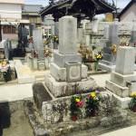 豊川市 お寺様の墓地にて 古いお墓をリフォームするべきか?新しく建て替えるべきか?