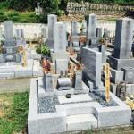 豊橋市 お寺様の墓地にてお墓のリフォームのご相談 墓石クリーニングと修理でお墓は見違えるほど綺麗になります。