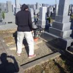 豊橋市営梅田川霊苑にてお墓の基礎工事です。丈夫な基礎コンクリートづくりで墓石をしっかり支えます。