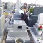 豊橋市営梅田川霊苑にて墓石の工事です。お墓の地震対策、完成後の点検もしっかり取り組ませて頂きます。