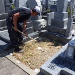 豊橋市営梅田川霊苑にてお墓の基礎工事です。墓石を支える基礎コンクリートはベタ基礎が安心です。